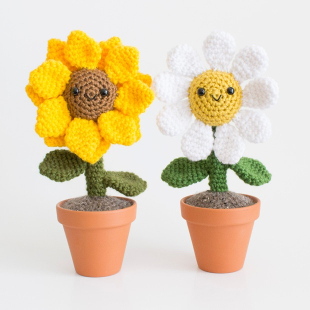 AMenagerieofStitches-LaurenEspy-Flowers