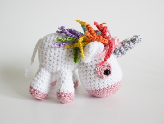 AMenagerieofStitches-LaurenEspy-Unicorn